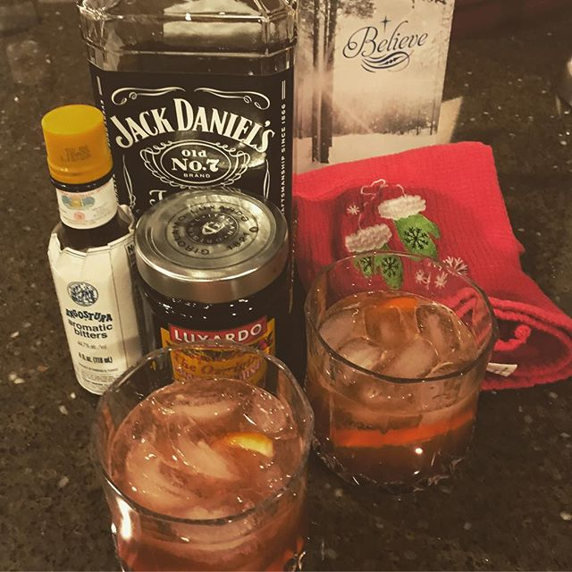 A little old fashion Christmas. ️🥃
