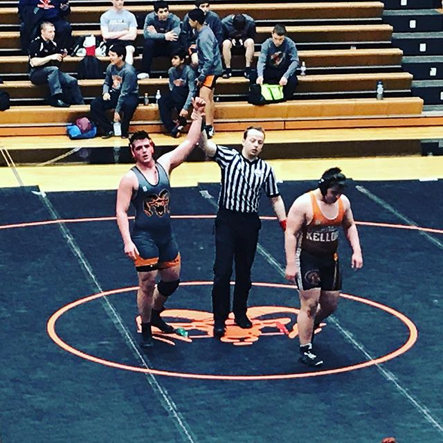 Win for the kid! I think he's catching on to this wrestling thing. 3-2 today + a team win. 🤼‍♂️🐏